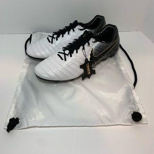 New Nike Tiempo Legend 7 Elite FG AH7238-100